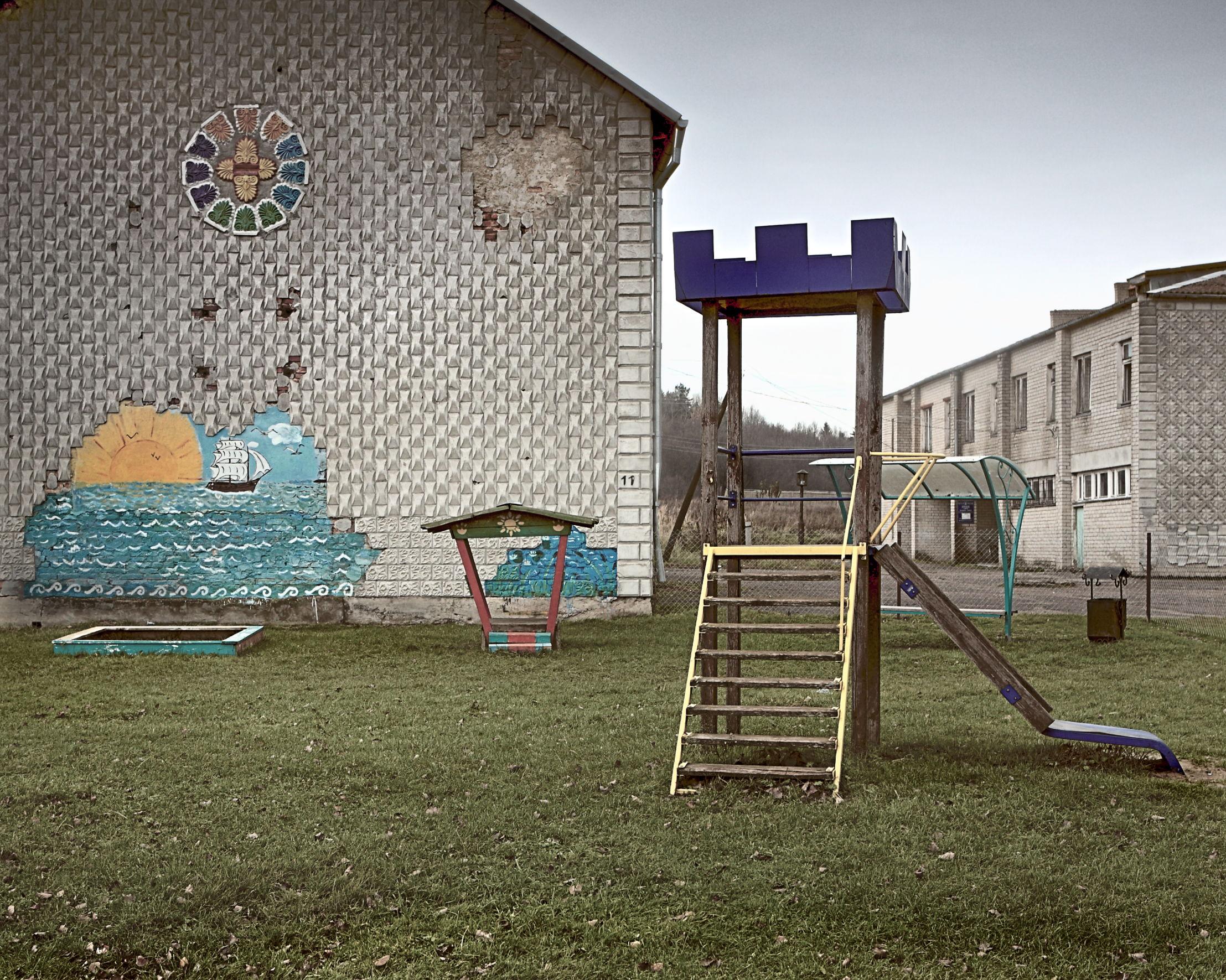 01_arturas-valiauga_ilgesio-zeme_2012-43